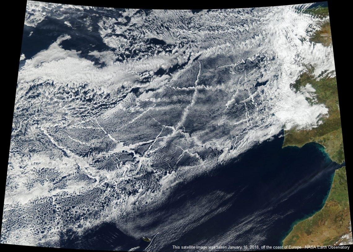 Le emissioni delle navi creano cambiamenti nelle nuvole misurabili a livello regionale